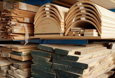 Holz auf Lager bei Fitz