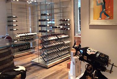Weinkeller in einer Luxusvilla