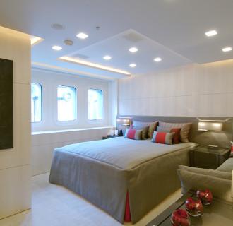 Luxusyacht Siren Schlafzimmer mit Sofa