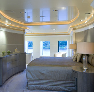 Triple Seven Luxusyacht Masterbedroom