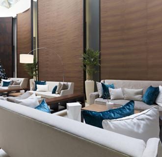 Wunderschöne Sitzgelegenheiten Hotellobby