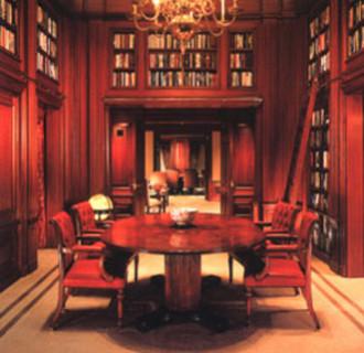 Investor Innenausstattung Bibliothek mit Sitzgruppe