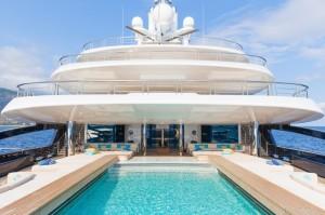 Luxusyacht LunaPool