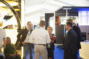 Monaco Yachtshow 2014 Szene von Messe mit Kunden